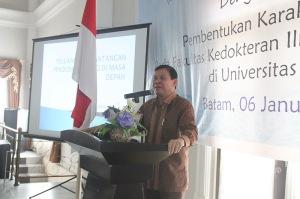 uniba-fasli-djalal-jt-6-januari-2012-f-suprizal-tanjung-8