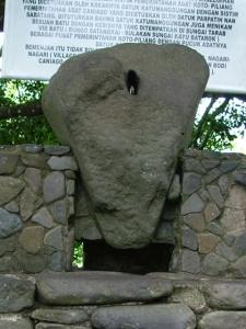 batu batikam3