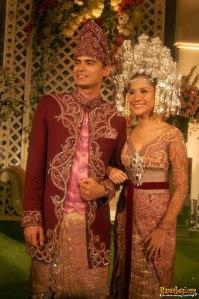bunga_citra_lestari_dan_ashraf_sinclair_di_golden_ballroom_hotel_sultan-20081110-017-anang