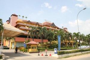 Novotel Hotel, Ks 6 Juni 2013, F Suprizal Tanjung image