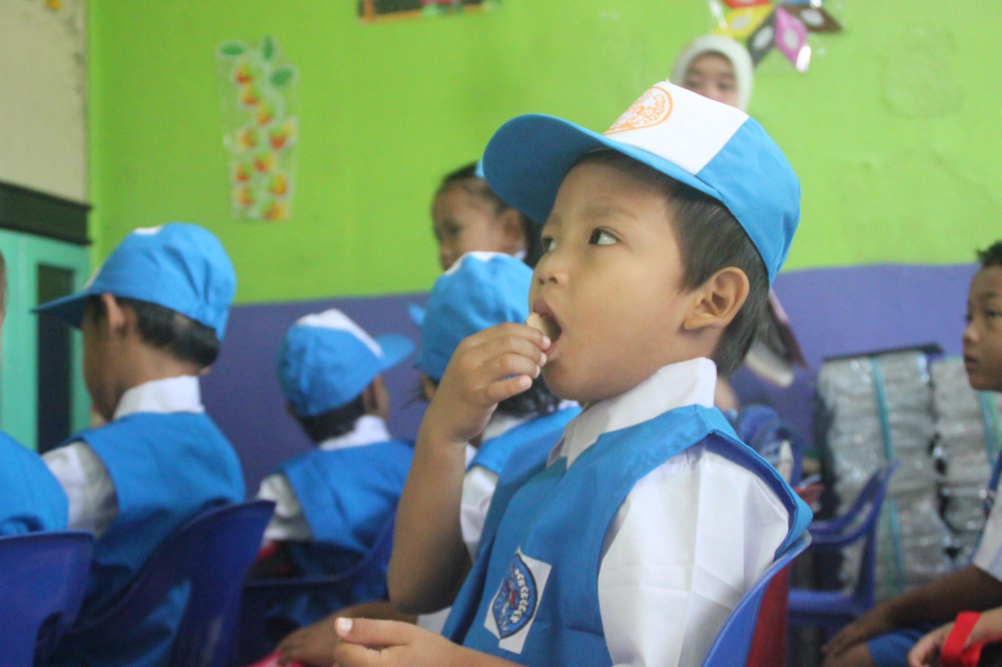 TK Restu Ibu Masuk Sekolah Pertama Suprizal Tanjungs Surau