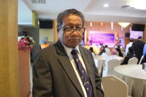 Prof Fadil Oenzil Stikes Awal Bros Batam, Ru 7 Mei 2014, F Suprizal Tanjung (1) image