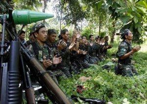 Menyusup ke Sarang MILF, Di Mindanao