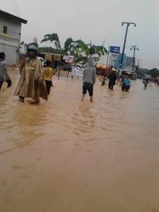 Melchem banjir ya (3)